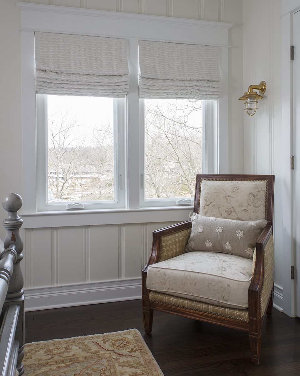 Beautiful Cottage in Linstead Chair With Window